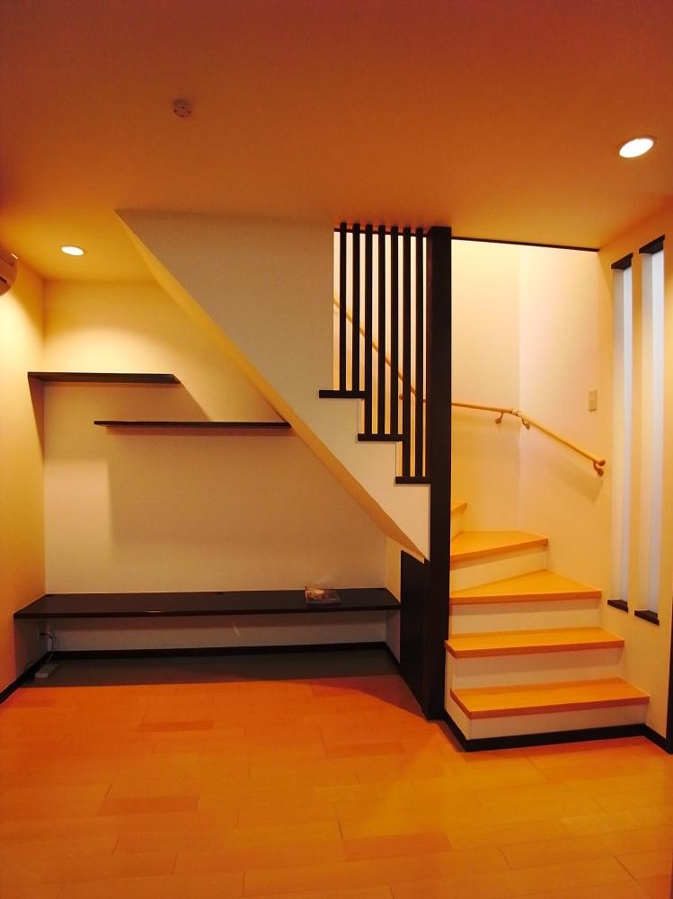 階段位置が大移動。バリアフリーな広々LDKに | 神戸・芦屋・西宮のリフォーム、リノベーションは河原工房